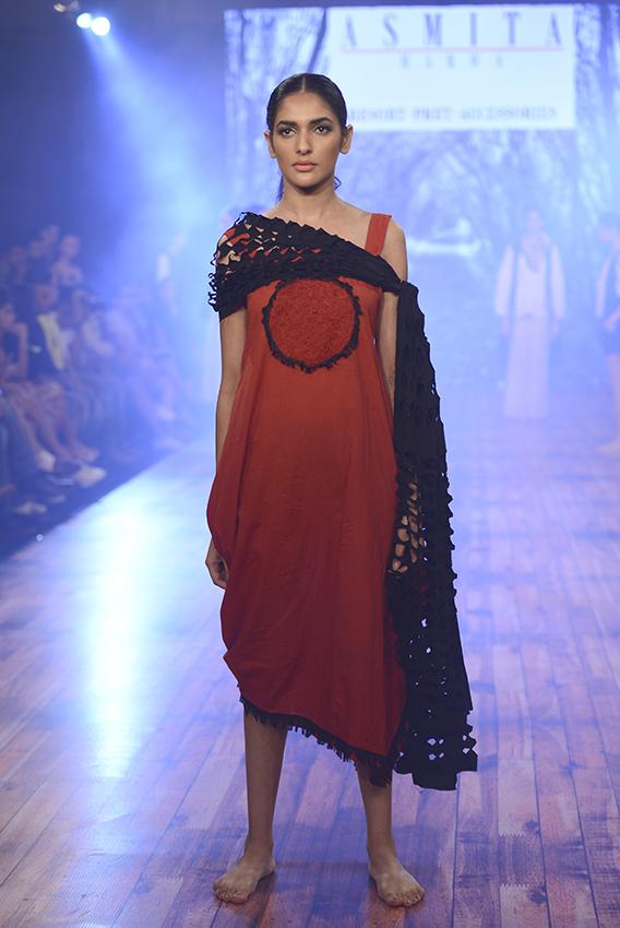 07_Smita_Marwa_Fashion_Related_Services_Net